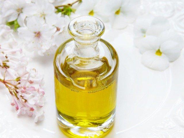 jak zrobić olejek do masażu