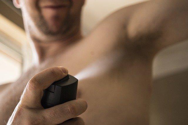 skuteczny dezodorant